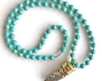 Long Turquoise Beaded Necklace With Horn Pendant