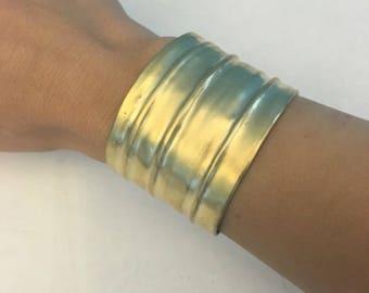 Lines statment bracelet
