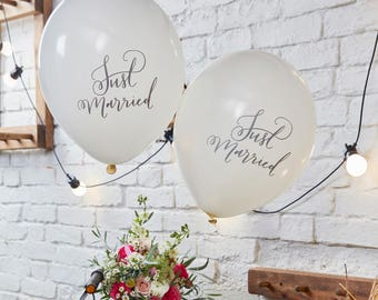 Just Married Script Writing Balloons, White Wedding Balloons, Wedding Decorations, 10 Pack