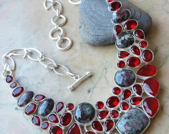 Ethnic necklace with GARNET and Jasper on antique silver plated 925