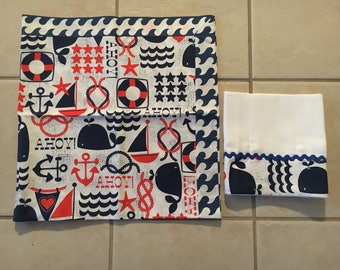Sabanilla and handkerchief she bound in nautical motif set