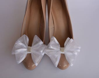Wedding hand made shoe clips - XXL white bows with crystals.