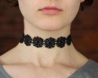Black Lace Snowflake Flower Choker