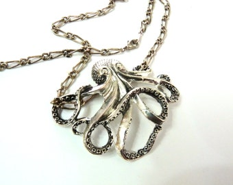 Octopus neckalce Antique silver Filigree Steampunk Silver Chain
