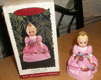 HALLMARK Madame Alexander CINDERELLA CHRISTMAS Ornament 1st In Series 1995