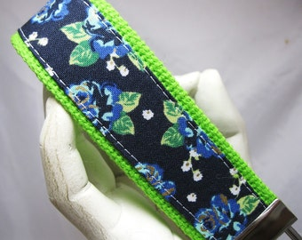 Wristlet Key Chain Key Fob Blue Bouquet