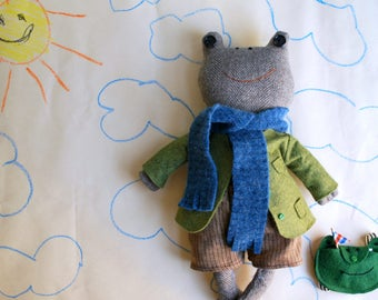 Tan Wool Tweed Frog Plushie Doll with Clothing and Accessories Inspired by Frog and Toad Books