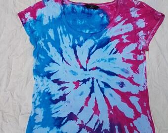 SALE 25% OFF Tie Dye T-shirt - Ladies slight scoop nick - size 16 (large)