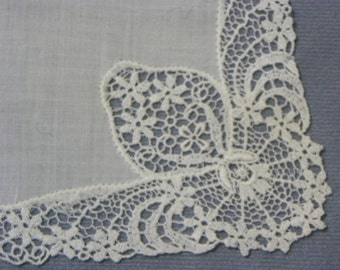 Vintage  Off White Intricate Lace Trimmed Cotton Wedding Hanky Handkerchief