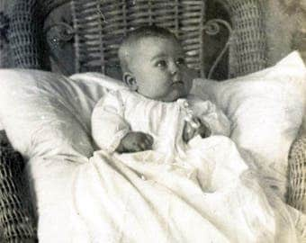vintage photo 1920 Little Baby girl White Cotton Ruffle Dress Victorian Wallpaper