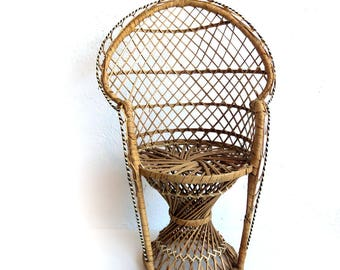"Vintage 16.5"" Wicker Peacock Chair - Boho Jungle Room Decor Plant Stand - Miniature Doll Furniture Rattan Jungalow Fan Chair"