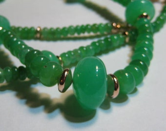 Beautiful Natural Chrysoprase Beaded  neckalce.................    approx 20 inch .........           e994