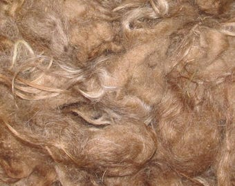 Icelandic fleece, 4 ounces, 6-7 inch Varied Red 116