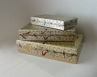 Vintage Lacquer 3pc Tiny Birds Nesting Box Set Gold Filigree Kashmir Paper Mache Cigar Box Hand Painted HandMade Lidded Trinket Hostess Gift