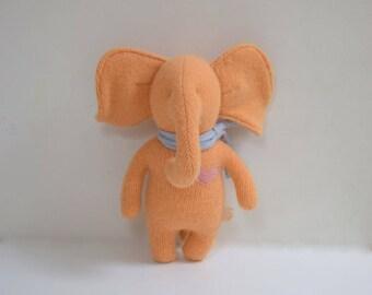 Handmade Elephant stuffed small peach elephant doll upcycled soft wool sweater eco baby gift soft plush toy elephant bubynoa Elifants