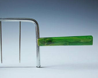 Vintage cheese slicer cutter with green bakelite handle - Excellent condition, great gift
