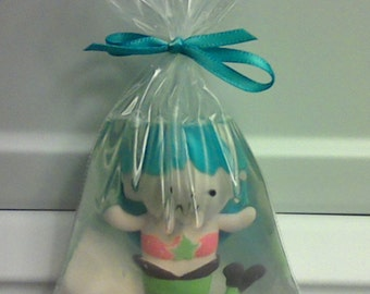 Mermaid Soap....Mermaid in a bag soaps....Swim Party favor....Pool Party favor....Swimming Mermaids