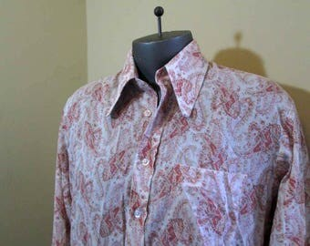 Pink Paisley 70s Shirt Far out Pink and White Print Shirt Penneys Towncraft 70s mens Rock star Shirt Paisley Print 70s Shirt L