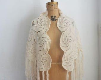 Vintage off white crochet shawl wrap