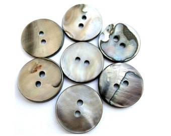 10 Shell buttons, natural grey color,18mm, beautiful for button jewelry