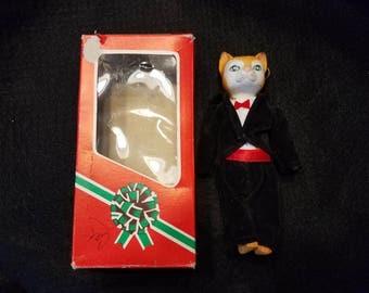 Vintage/Tabby Cat/Christmas/Ornament/Porcelain