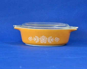 Butterfly Gold Pyrex Bake-Serve-Store Casserole Dish - Golden Yellow with White Flowers and Butterflies - Corning Ware - Small 1 Pint #471