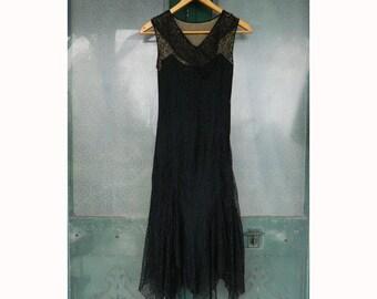 1920s Black Lace Sleeveless Dress