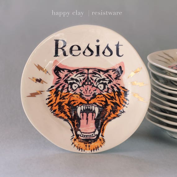 8 inch Resist ware dessert plate