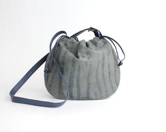 Vintage Gray Leather Purse | 1980s Margolin Leather Bag | Textured Leather Drawstring Shoulder Bag