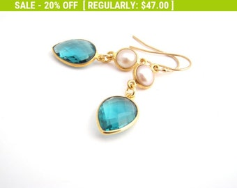 20% Off Sale Pearls And Green Tourmaline Crystal Earrings, White, Teal Green, Bridesmaid Earrings