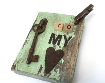 Photo holder - key to my heart - unique gifts - unique home decor accessories - skeleton key