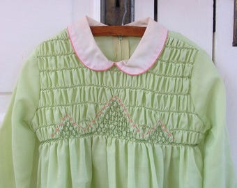 Vintage Smocked Girl Dress, Vintage Girl Clothes, Girl Smocking Dress, Peter Pan Collar, Vintage Girl Mint Green Dress, Polly Finder, Size 5