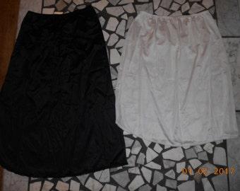Lot of 2 vintage Vassarette Half Slips Size Medium One Black One White