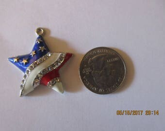 Red White and Blue Star, Patriotic Star, Jewelry Pendant, Jewelry Supplies, Charm,