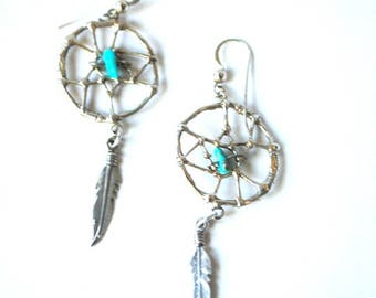 Boho vintage 70s, sterling silver925, southwestern style,dream catcher earrings with a turquiose.