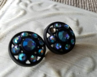 Vintage buttons, lot of 2 matching iridescent rhinestones in acrylic setting,  (feb 211 17 )