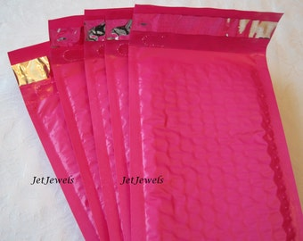 25 Bubble Mailers, Shipping Envelopes, Padded Envelopes, Hot Pink Mailers, Padded Mailers, Shipping Supplies, Self Sealing 4x8
