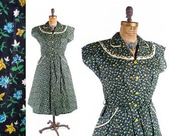 40% OFF SALE Vintage 50s Dress // 1950s Dress // NWT Old Stock Dress // Floral Dress with Looped Collar - sz Xl - 36 Waist