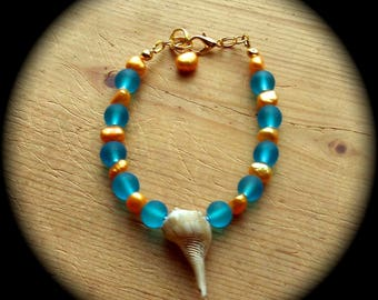 Summer Fun with Gold Pearls and Turquoise Beach Beads Fashion Bracelet  hippie boho ethnic cottage chic african gypsy beach  sea shell