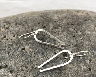 Blue sapphire earrings, sterling silver and 18kt gold dangle earrings, architectural curving earrings, simple everyday earrings