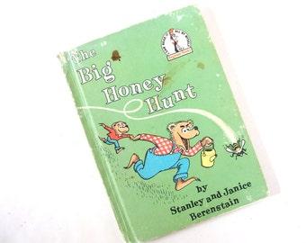 Vintage Berenstain Bears Book - The Big Honey Hunt