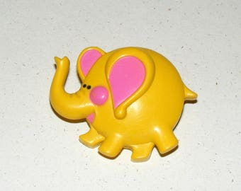 Vintage Child Yellow Elephant Avon 1973 Pin Pal Fragrance Glace Pin Brooch