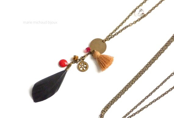 Delicate black red and brown boho necklace with feather and charms,Feather necklace,Delicate feather necklace,Tassel and feather