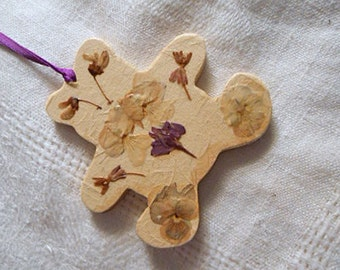 "CHRISTMAS TEDDY BEAR Ornament Pressed Larkspur Redbud Milkweed Pansy Flowers, Handmade Kids Tree Pretty, Paper Covered Die Cut Wood, 3"" w"