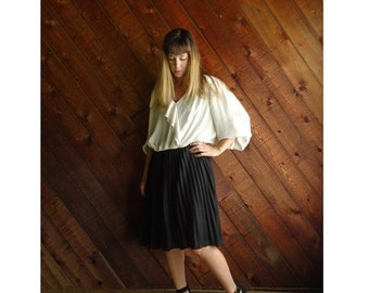 extra 30% off sale . . . Pleated Cream and Black Secretary Dress - Vintage 80s - L/XL