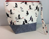 Small Project Bag for Knitting/Crochet - Cats with yarn balls