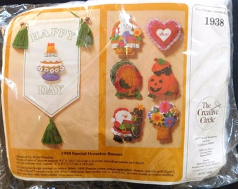 Vintage Kit 1985 Creative Circle Felt Banner Kit #1938 for SPECIAL OCCASIONS Birthday Christmas Halloween Seasons,Door Wall Hanging