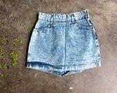ACID WASH Jean Shorts MINI Skirt Culottes Skorts High Waist Shorts Hipster Dells Shorts vintage Fredericks of Hollywood Womens size 9 10