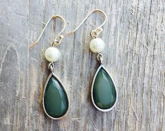 Earrings. Aqua Silver Pearl Earrings. Blue Sea Green Dangle Earrings. Pearl Drop Earrings. Spring Jewelry. Mothers Day Gift. Bridal Jewelry.