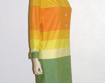 1960s Brilliant colors Shirt Dress Bust 36
